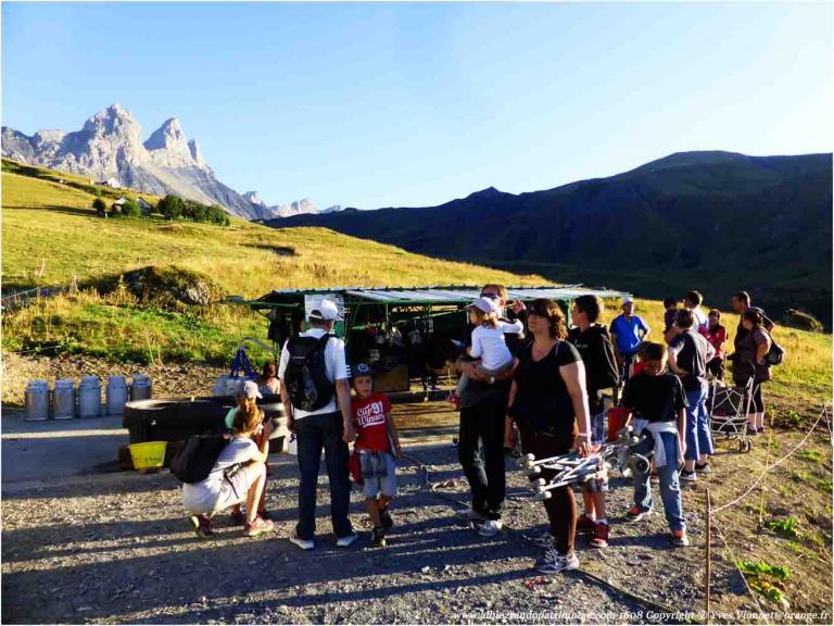Visite traite des vaches, Route Fromages de Savoie