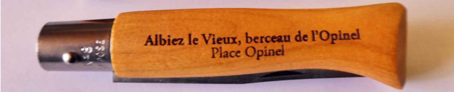 Histoire de la création de l'Opinel au Musée avec Yves Guide du Patrimoine Savoie Mont Blanc
